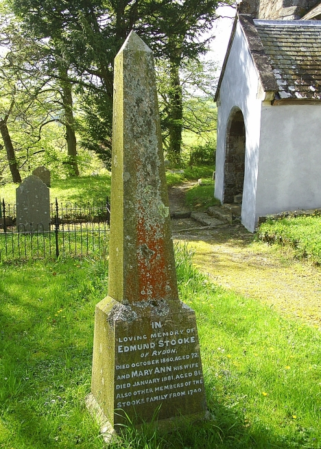 Monument to Edward Stooke of Rydon in Ashton churchyard. 5 May 2005.