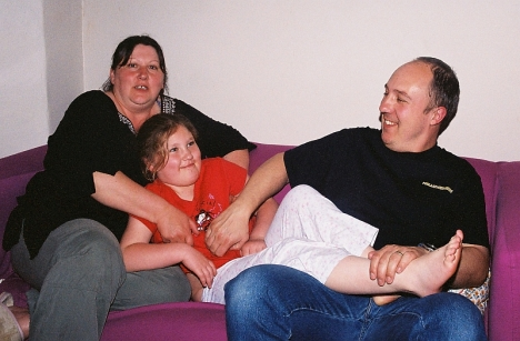 Gill, Jessica and Simon Hayes. Cardiff, 6 May 2005.
