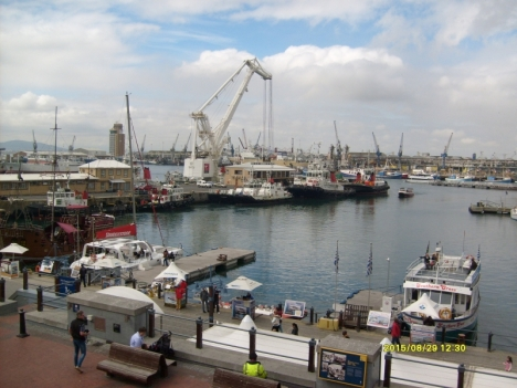 Cape Town docks, 29 Aug 2015