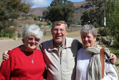 Val Hayes, Peter & Toni Badcoc Walters, Clarens, 7 September 2015